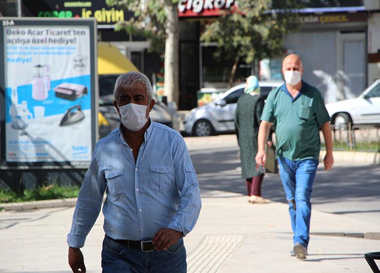 Bakan Koca uyardı, Elazığ'da maske kullanımı yüzde 100'e ulaştı
