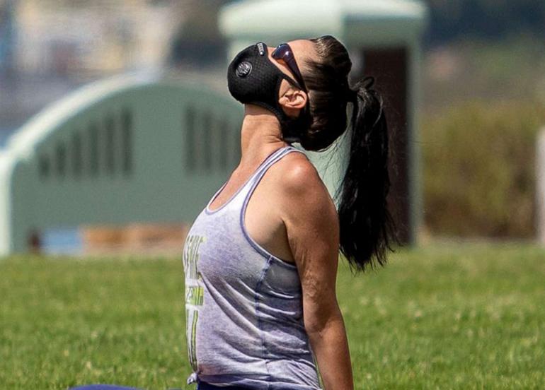 Nefes alış ve nefes verme şeklinizi değiştirmek, koronavirüs kaygısını azaltmaya yardımcı olabilir