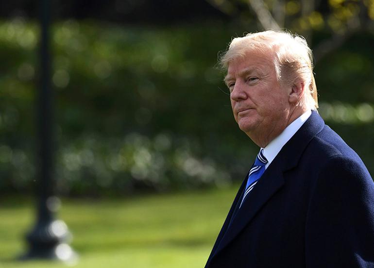 """Trump'ın doktoru: """"Trump'ın başkalarına Covid-19 bulaştırma riski artık yok"""""""