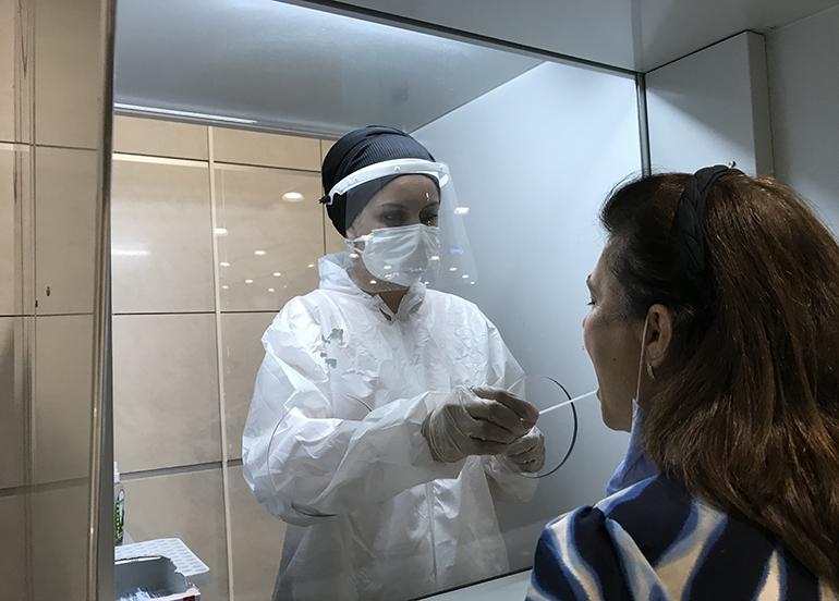 Sabiha Gökçen'de PCR test sonuç süresi 2,5 saate düştü