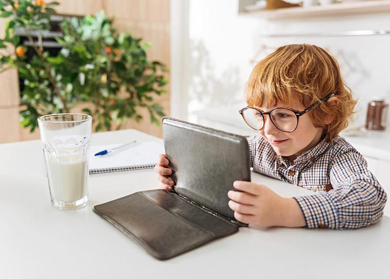 Cep telefonları, tabletler çocukların sağlığını olumsuz etkiliyor