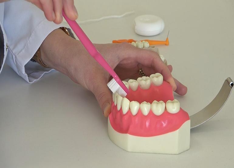 Salgında ağız ve diş sağlığında dikkat edilmesi gereken hususlar neler?
