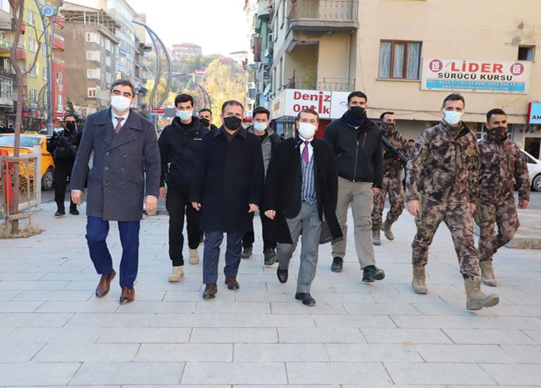 Hakkari'de sosyal mesafe ve maske denetimi yapıldı