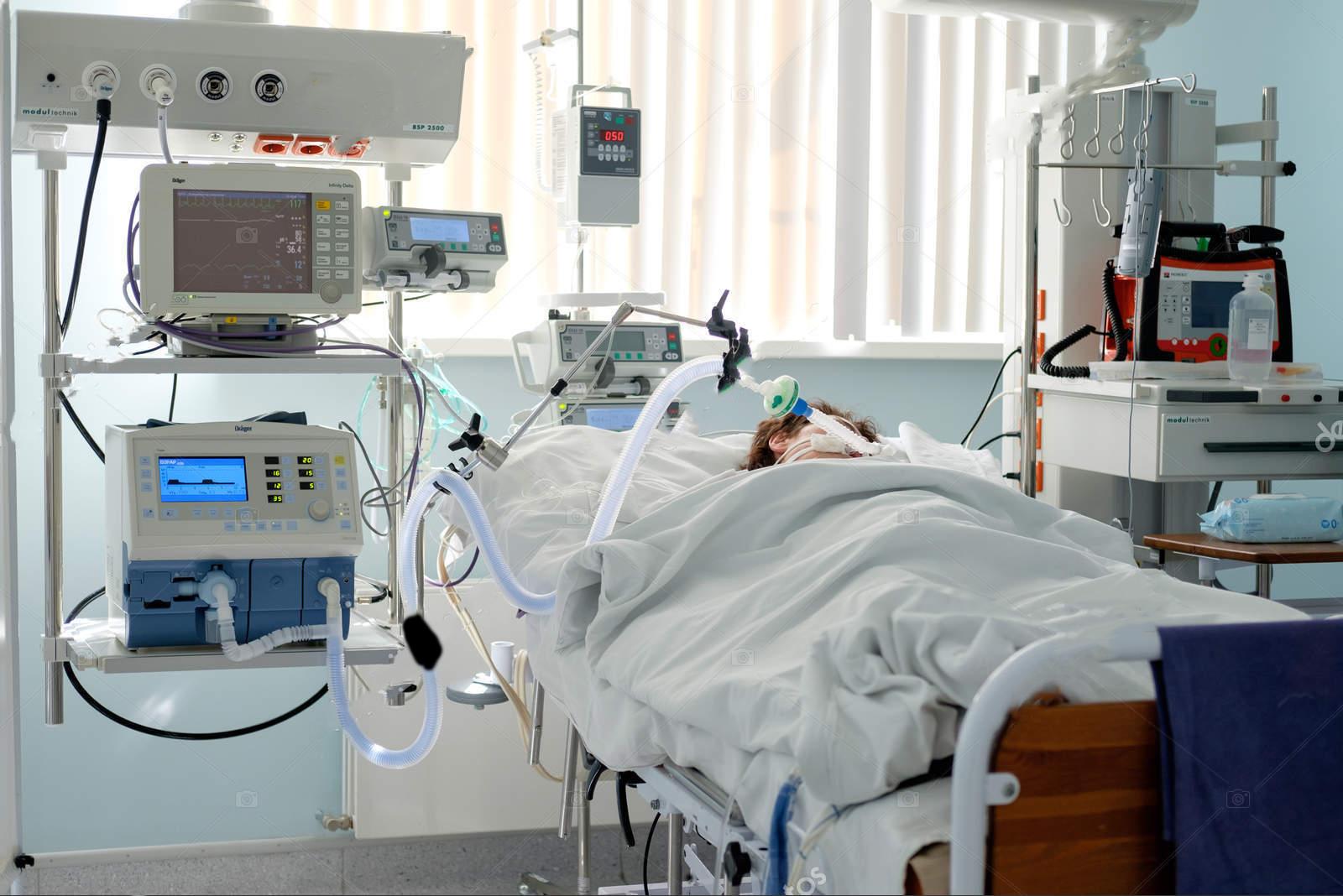 Ukrayna'da hastanede elektrik gidince 2 entübe hasta hayatını kaybetti