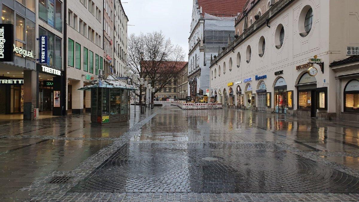 Almanya yeniden kapandı