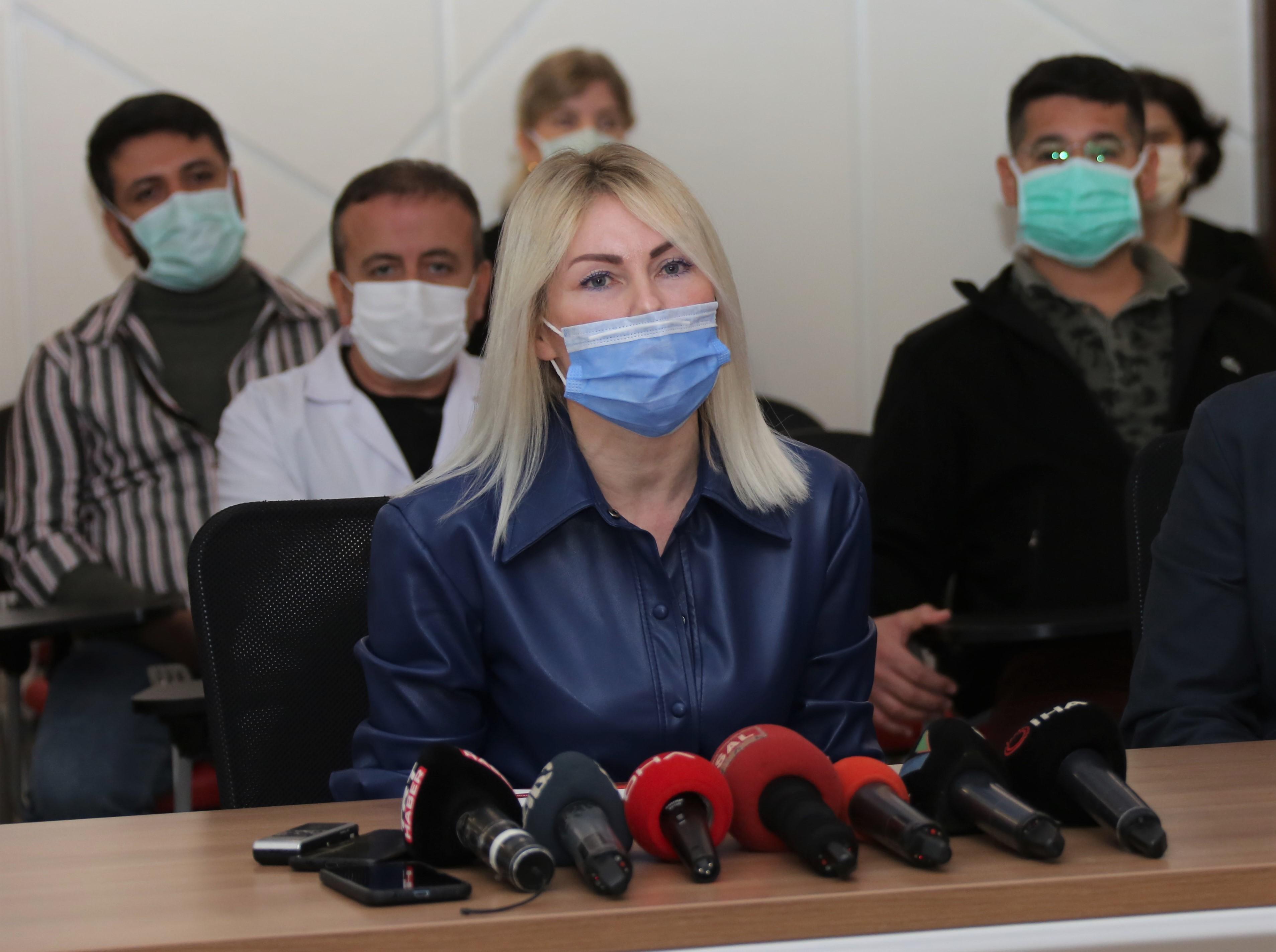 Çin aşısını ilk yaptıranlardan Rektör Özkan: