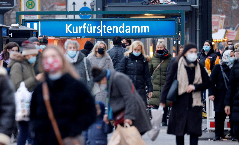 Almanya'da son 24 saatte korona virüs nedeniyle bin 70 kişi hayatını kaybetti
