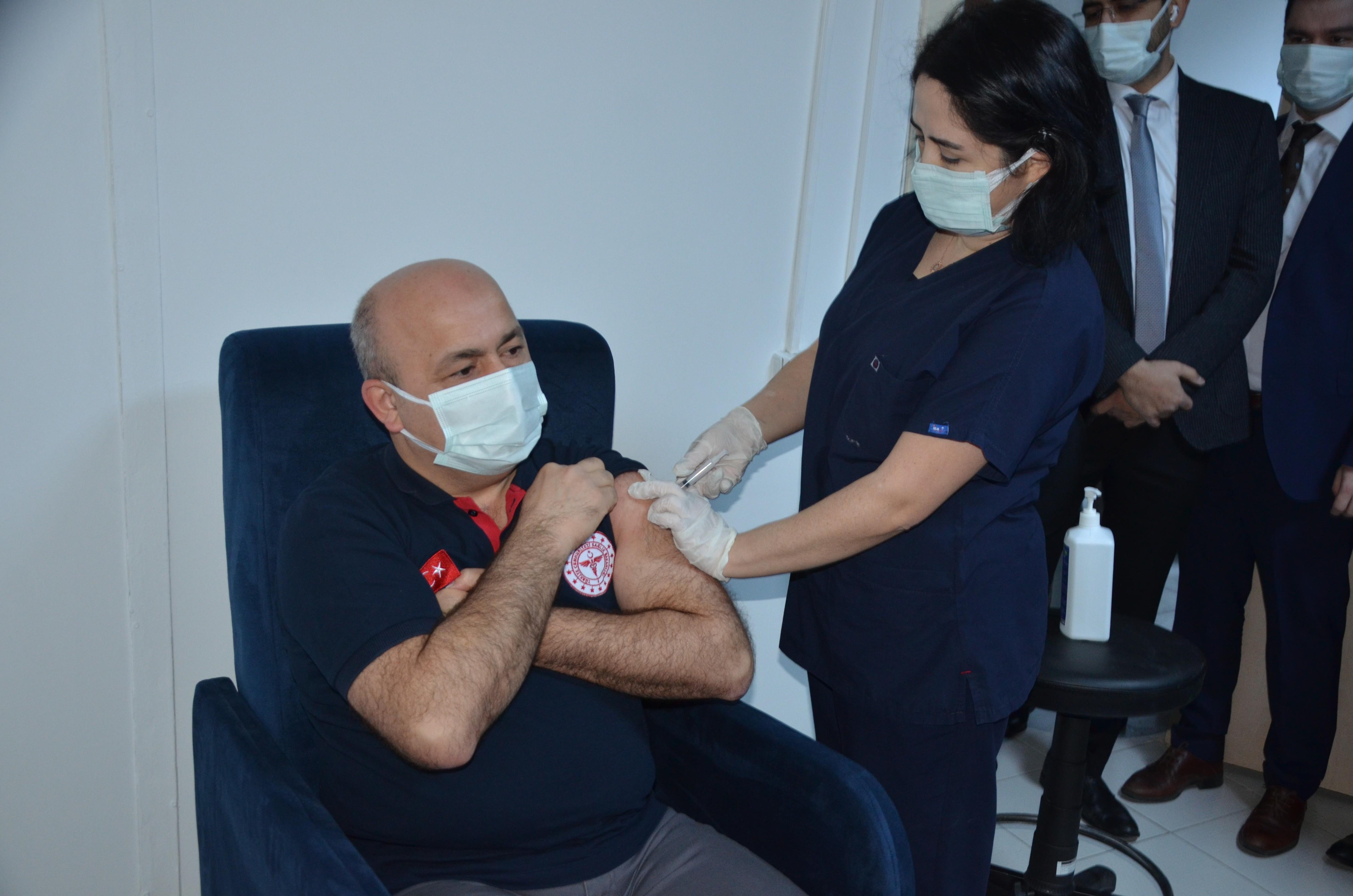 Ordu'ya gönderilen 15 bin doz aşının uygulamasına başlandı