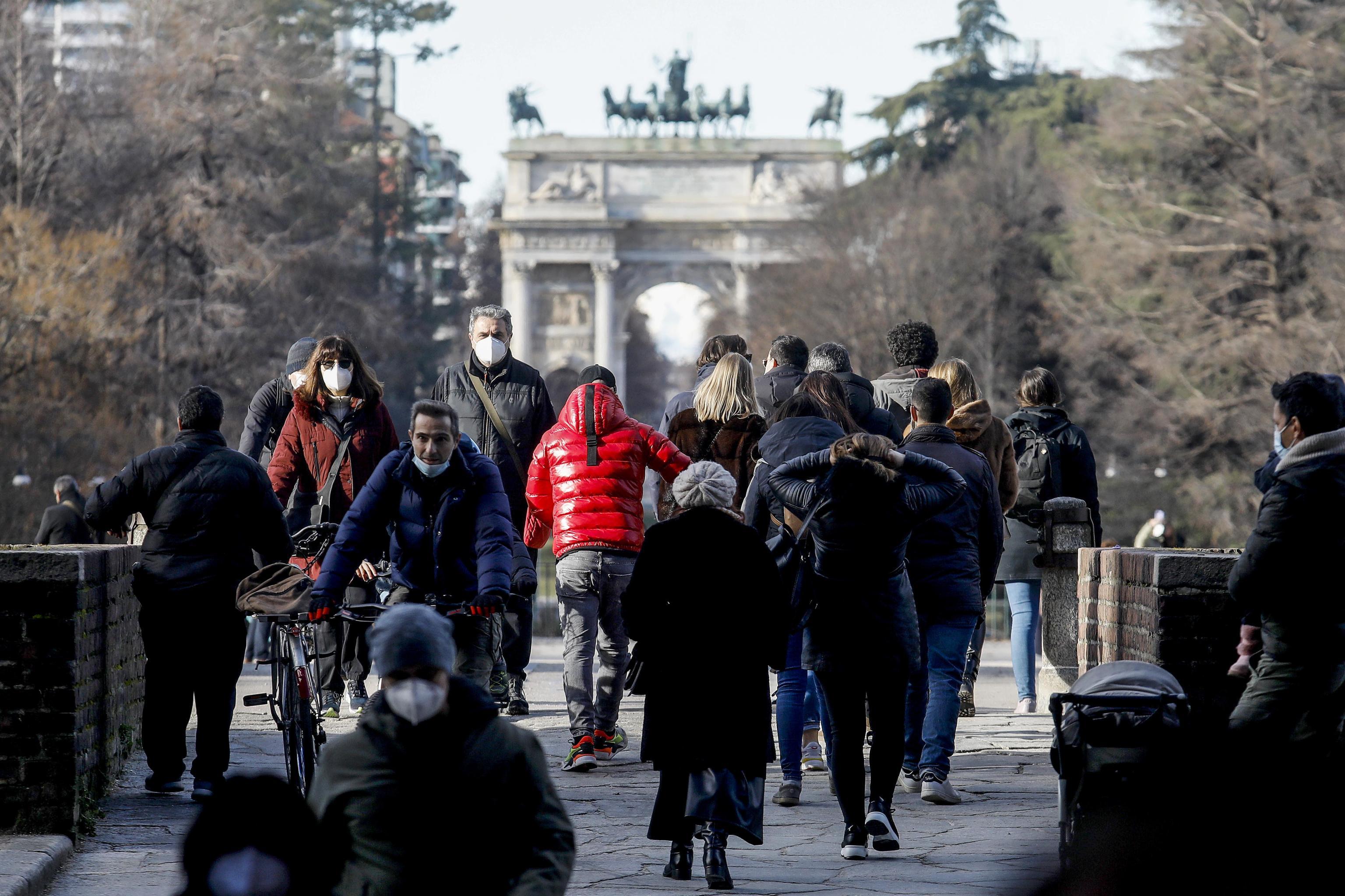 İtalya'da son 24 saatte korona virüs nedeniyle 299 kişi hayatını kaybetti