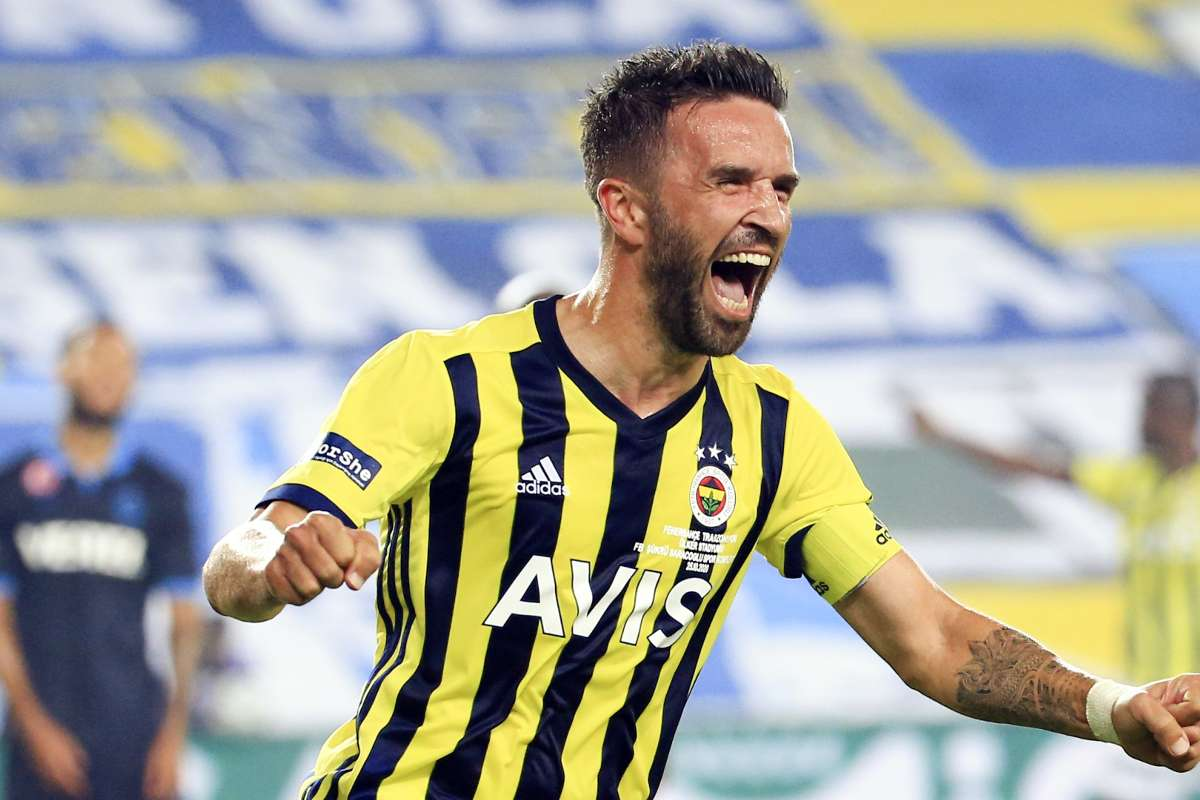 Fenerbahçe'de Gökhan Gönül sakatlığını atlattı