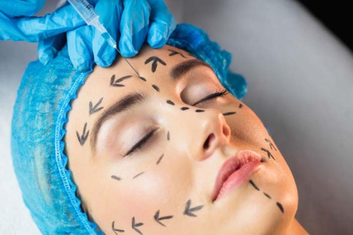 Estetik ameliyatlara korona virüsü ertelemesi