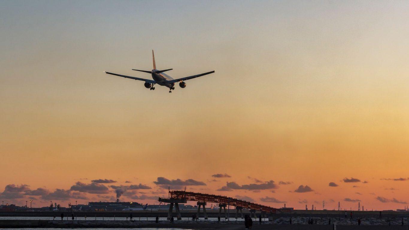 Dünya genelinde korona virüsü mutasyonlarına karşı uçuş yasakları devam ediyor