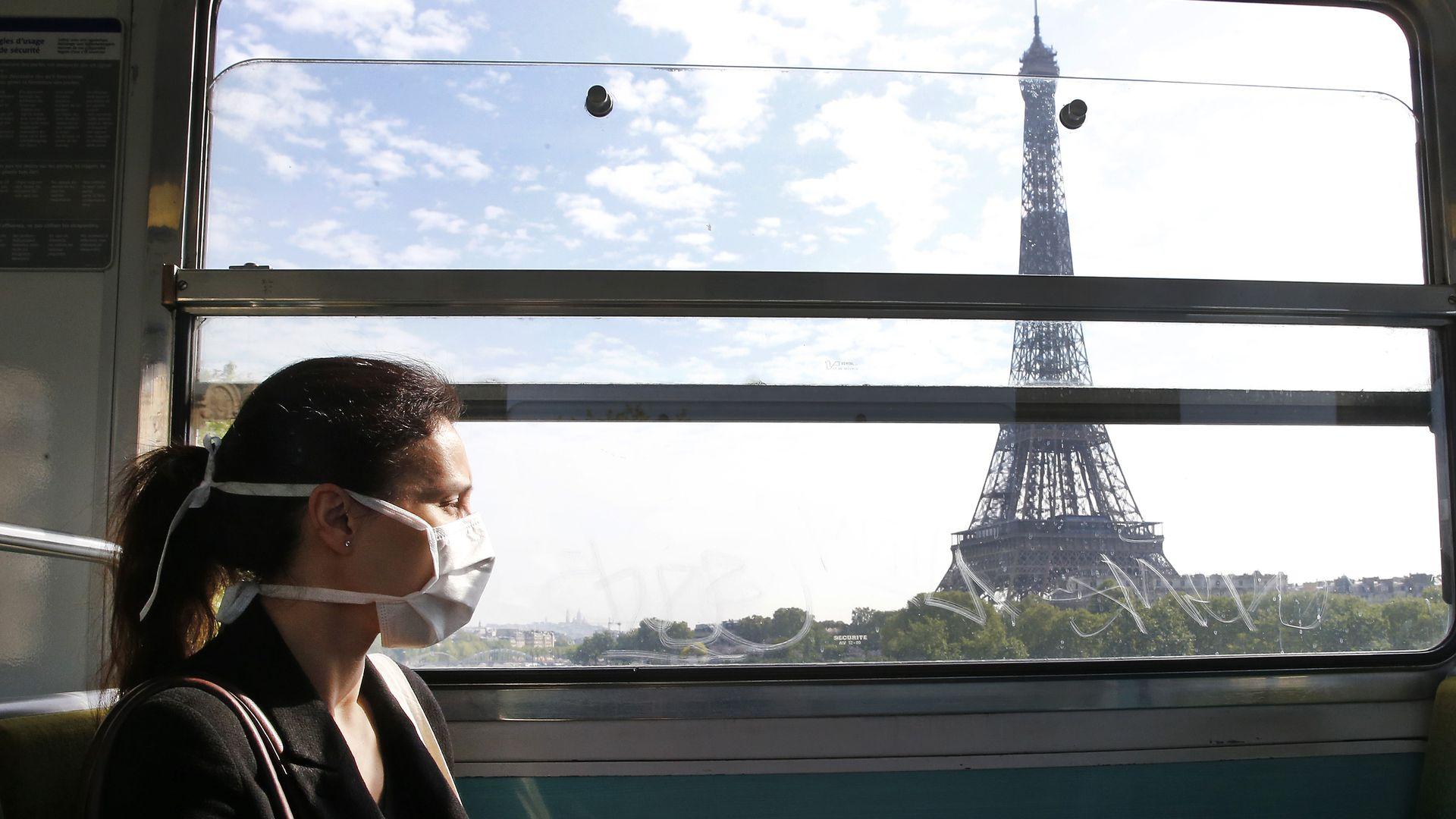 Fransa'da son 24 saatte 26 bin 362 yeni vaka tespit edildi