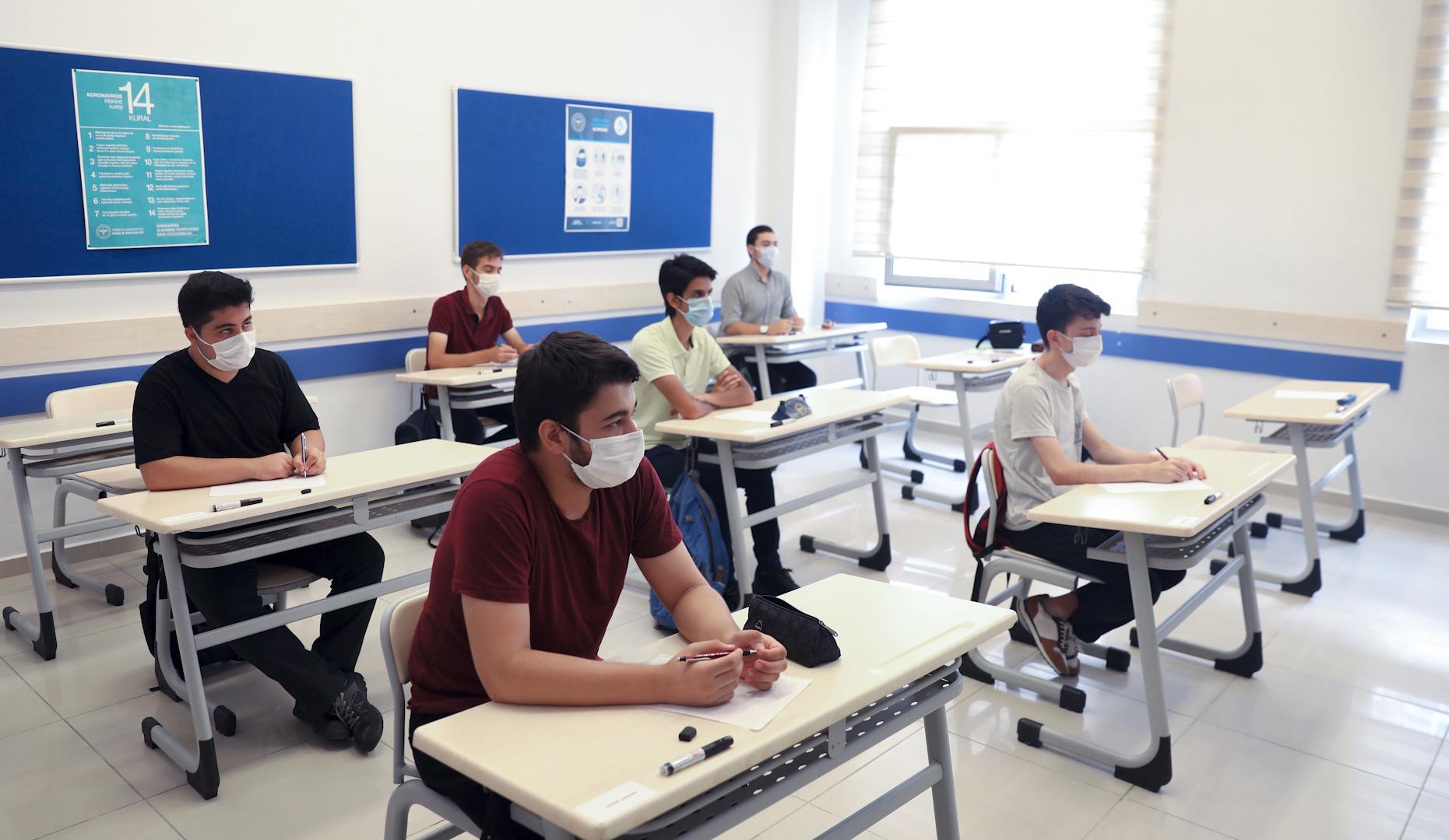 Okullar yüz yüze eğitime hazır mı? Bakan Selçuk yanıtladı