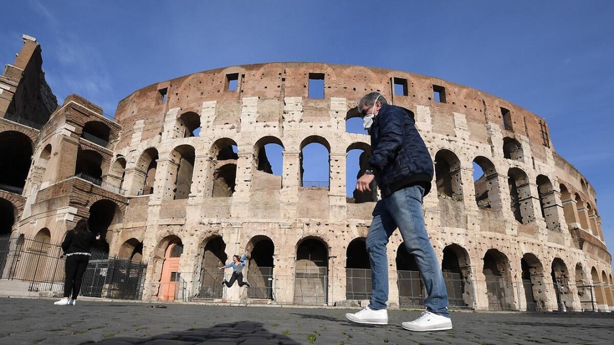 İtalya'da son 24 saatte 13 bin 908 yeni vaka tespit edildi