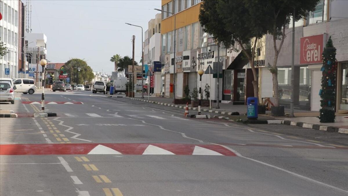 Kuzey Kıbrıs Türk Cumhuriyeti'nde (KKTC) sokağa çıkma yasağı 22 Şubat'a kadar uzatıldı