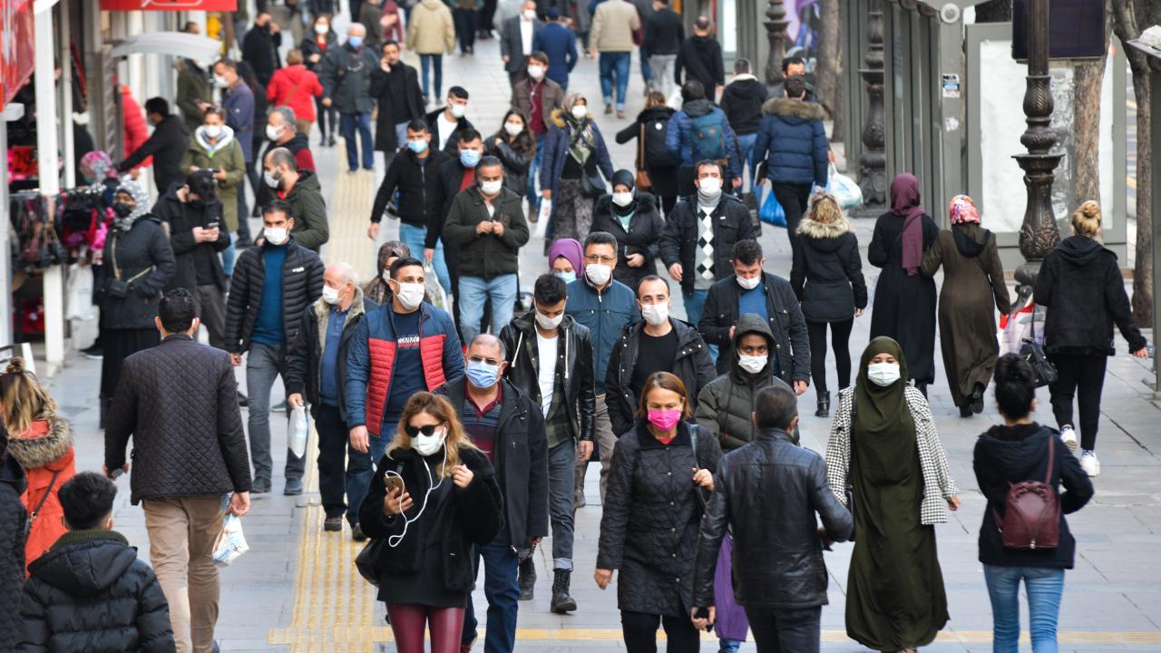 Mutant virüsler yüzde 30 daha bulaşıcı