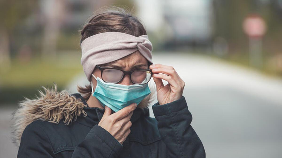 Gözlük kullananların korona virüsüne yakalanma oranı 3 kat daha az