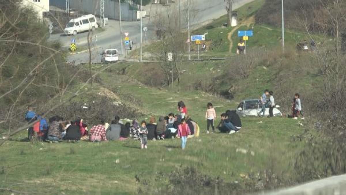 Arnavutköy'de kısıtlamada piknik yapanlara ceza kesildi