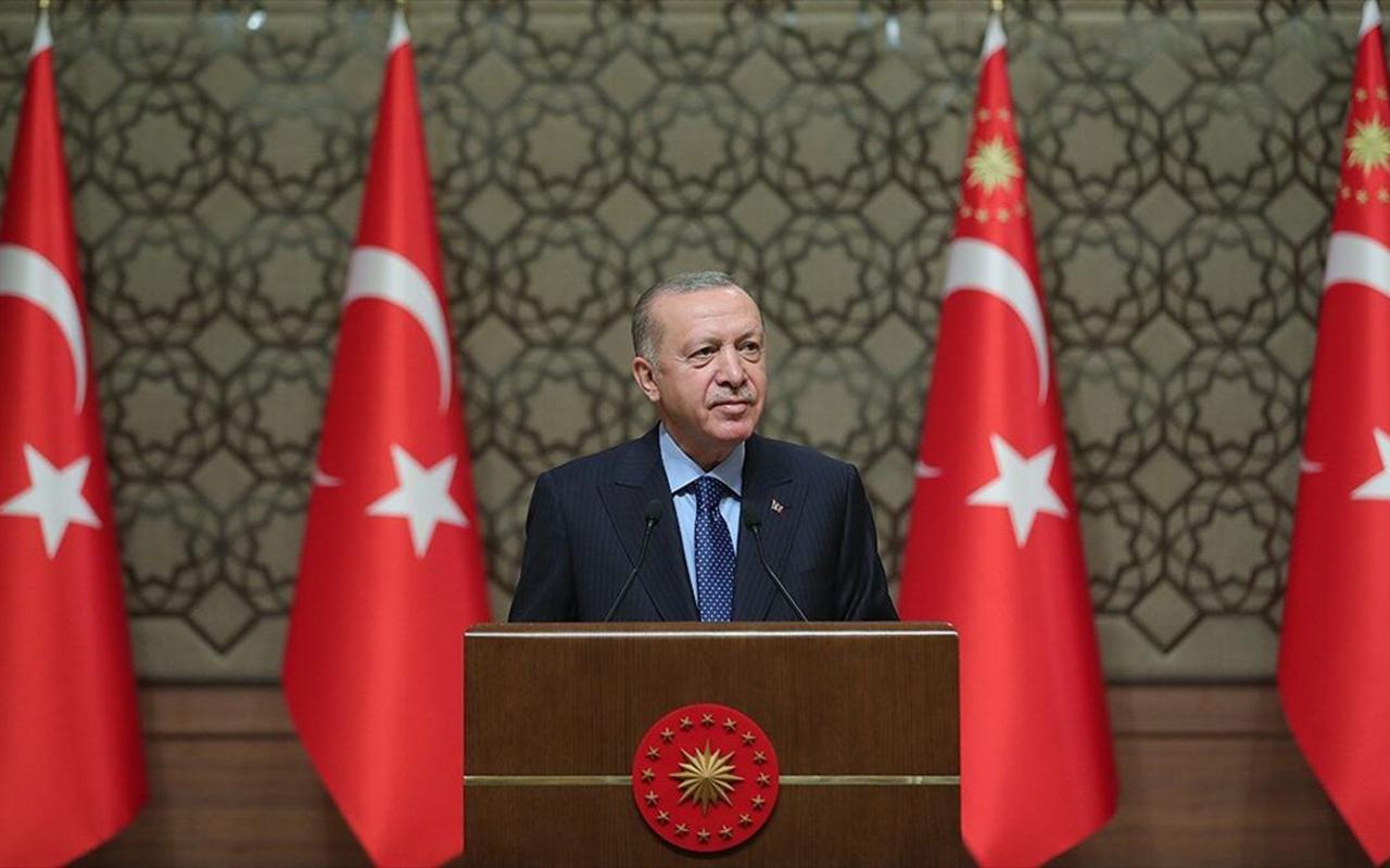 Cumhurbaşkanı Erdoğan duyurdu: Kafe ve restoranlar açılıyor