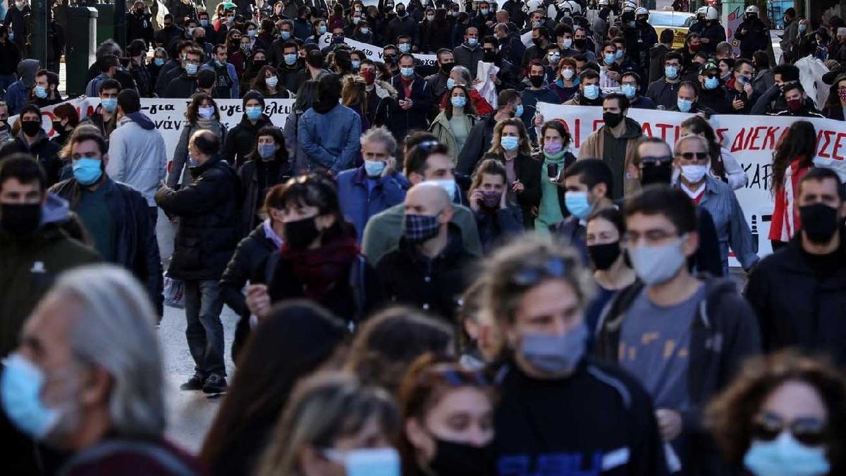 Yunanistan'da Covid-19 vaka sayısı 192 bini aştı