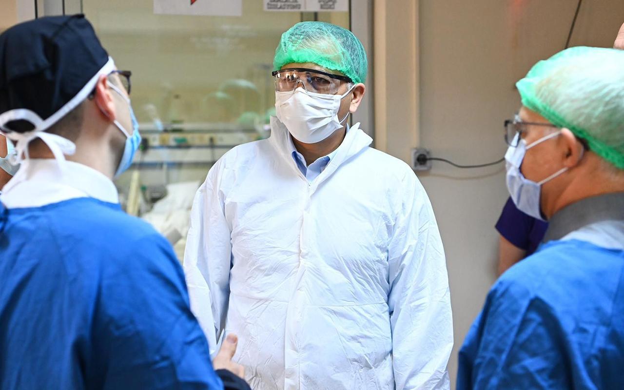 Vali Yerlikaya, İstanbul Üniversitesi-Cerrahpaşa Tıp Fakültesi'ni ziyaret etti