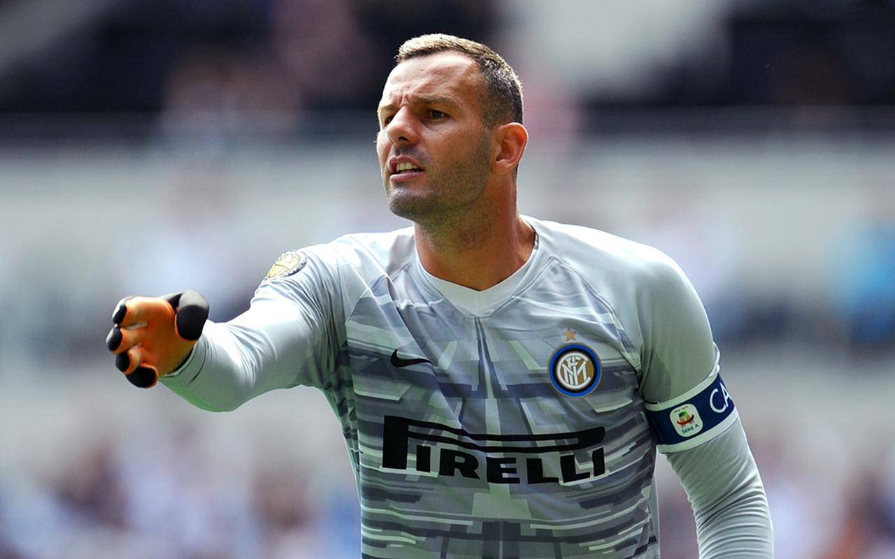 Inter'in kalecisi Handanovic'in Covid-19 testi pozitif çıktı