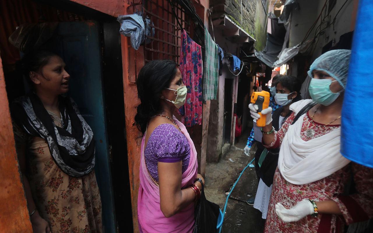 Hindistan'da vaka sayısı rekor tazeledi
