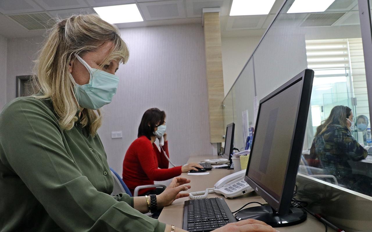 Antalya'da aşı olmak istemeyenler için 35 ikna ekibi kuruldu