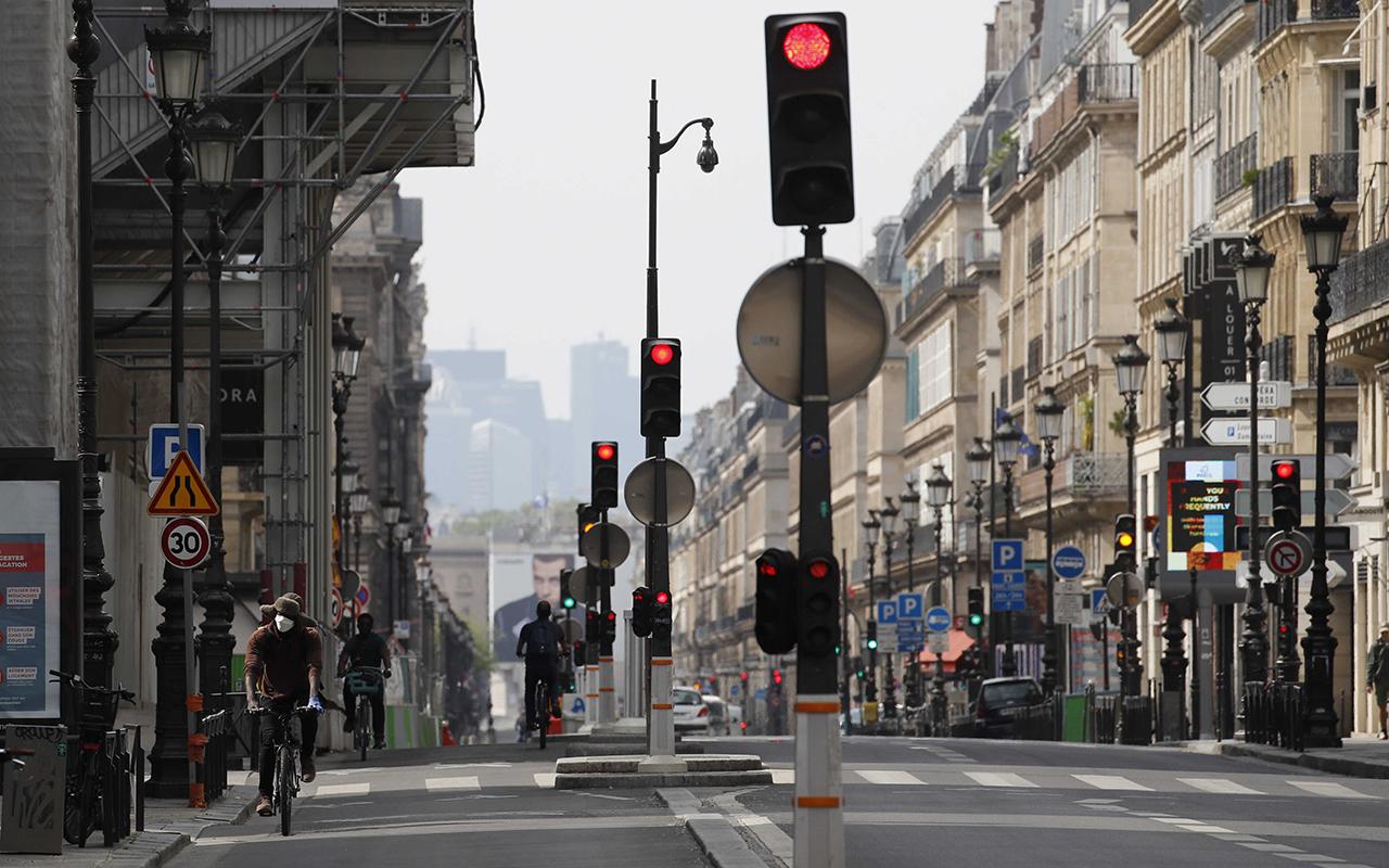 Fransa'da son 24 saatte 34 bin 968 yeni vaka