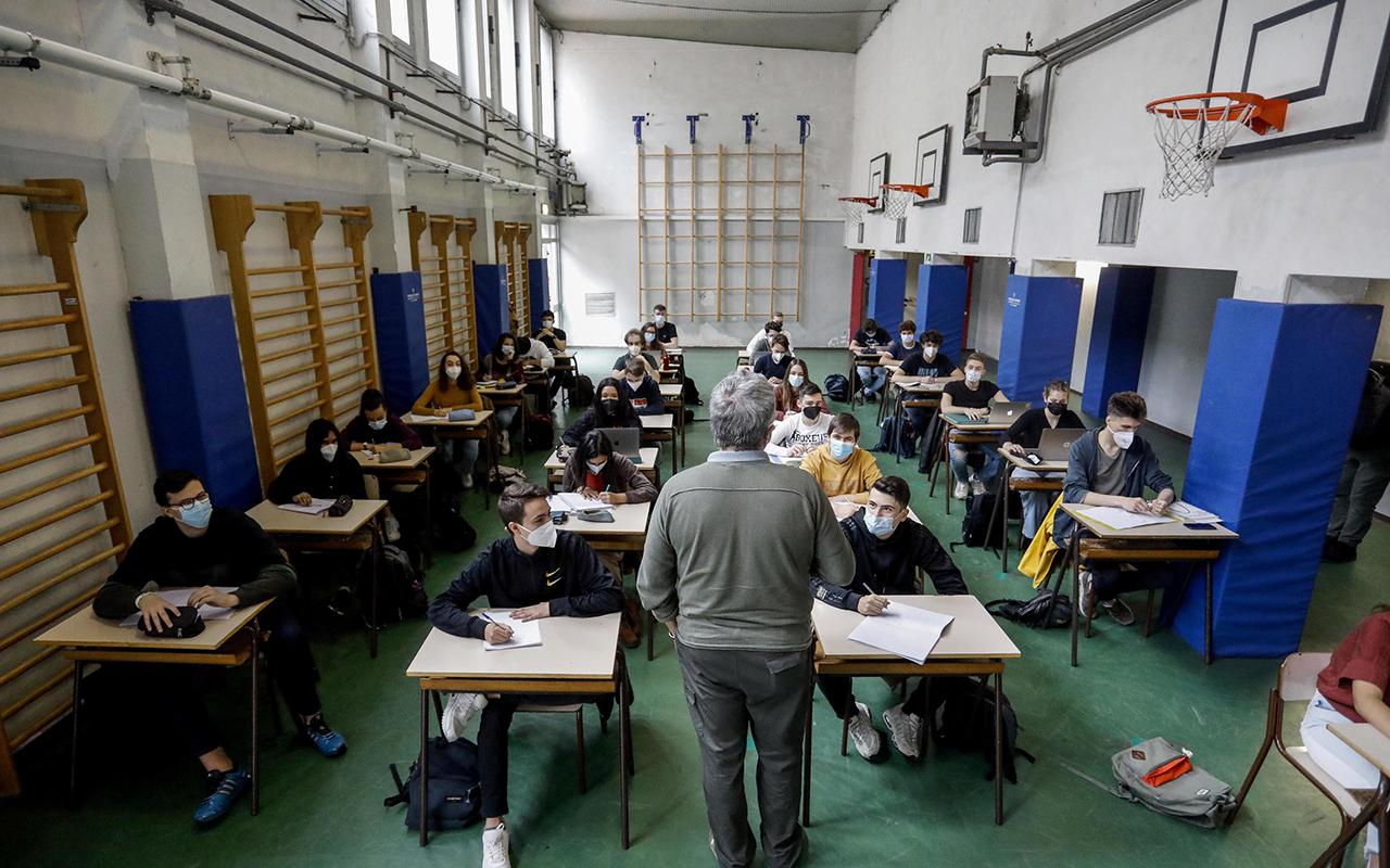 İtalya'da 50 milyon kişi için normalleşme başladı
