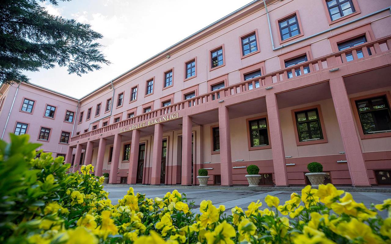 Adalet Bakanlığı duyurdu: Yazılı ve sözlü sınavlar ertelendi