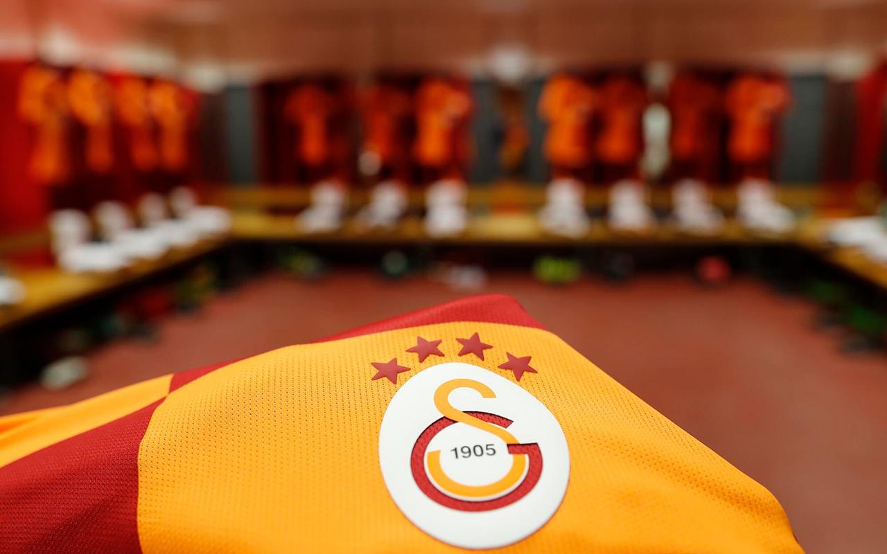 Galatasaray'da bir futbolcunun korona virüs testi pozitif çıktı