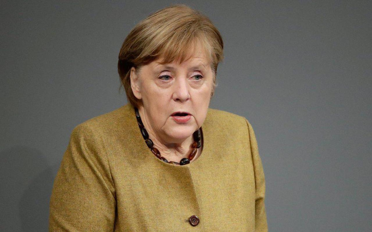 Almanya Başbakanı Merkel'den üçüncü dalga açıklaması