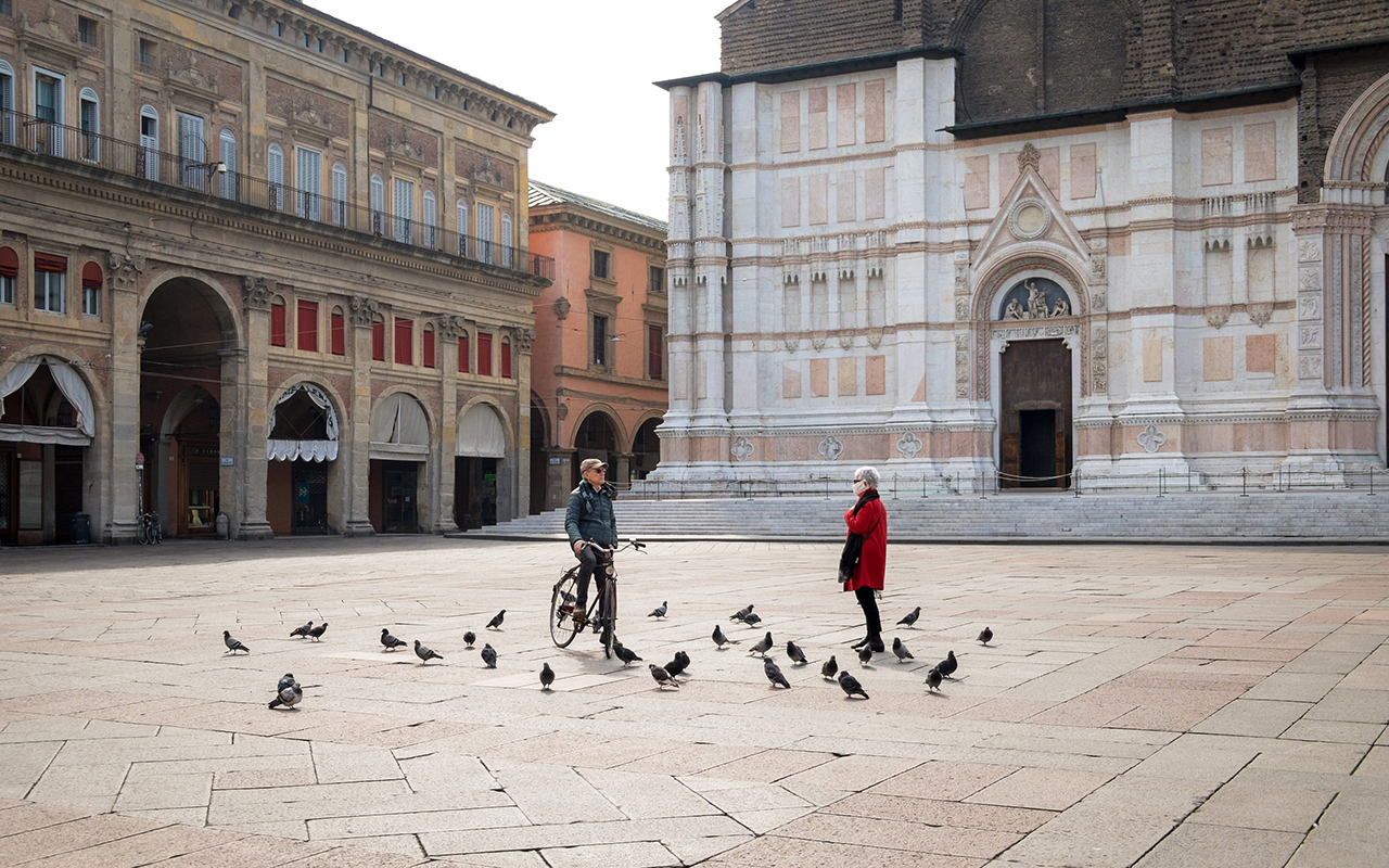 İtalya'da son 24 saatte 7 bin 567 yeni vaka
