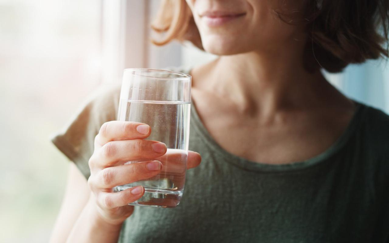 Yeterli miktarda su tüketmek böbrek sağlığının olmazsa olmazı