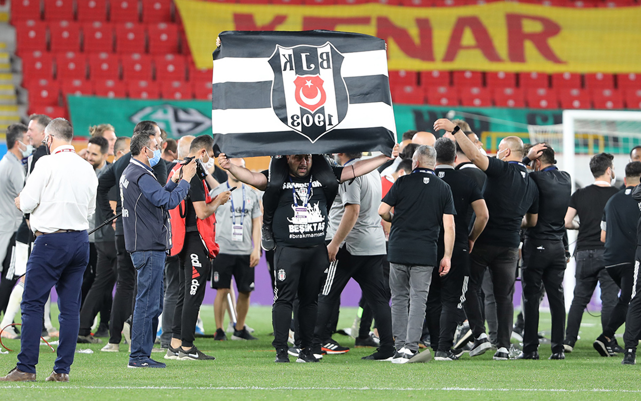 Beşiktaş'tan şampiyonluk kutlamalarında seyirci kararı