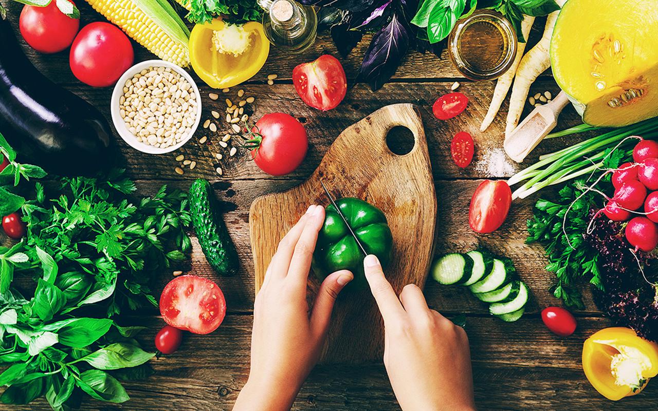Yaz aylarında yeterli ve dengeli beslenin, sağlığınızdan olmayın