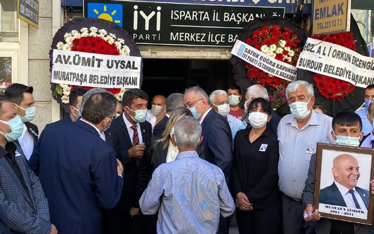 Korona virüsten hayatını kaybeden İyi Parti İl Başkanı toprağa verildi