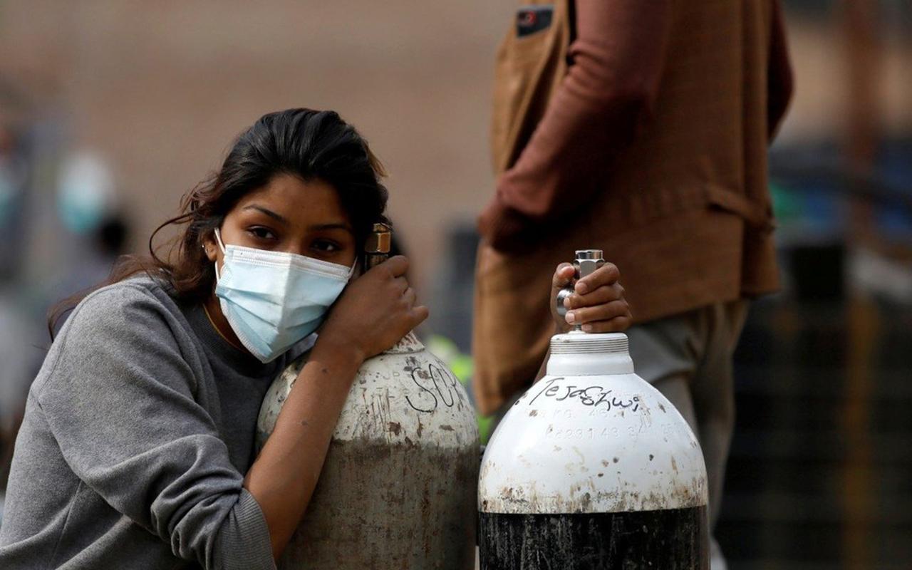 Nepal'de tıbbi oksijen kaynakları tükendi, vakalar hızla artıyor