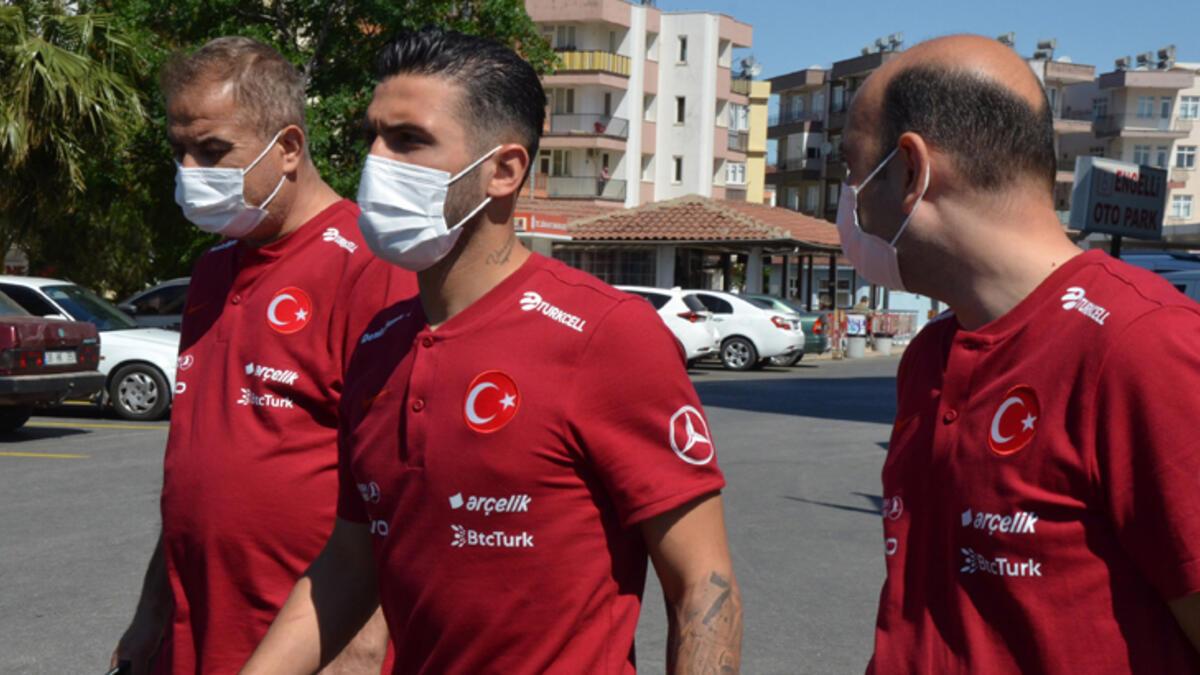 A Milli Takım futbolcuları ve teknik heyet koronavirüs aşısı yaptırdı