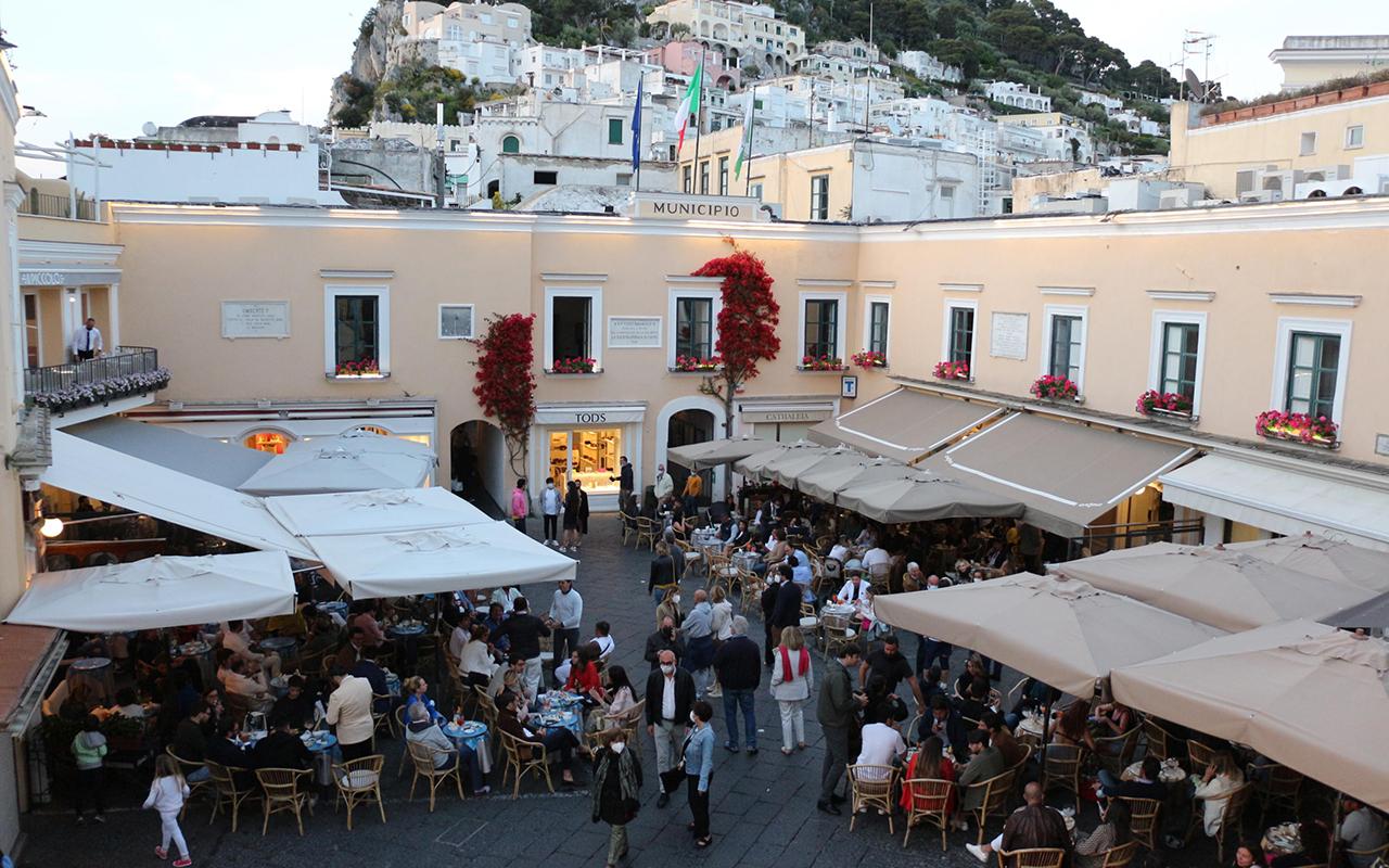 İtalya'da son 24 saatte 4 bin 147 yeni vaka tespit edildi