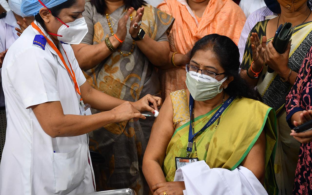 Hindistan hükümeti, 50 milyon doz Pfizer aşısı için görüşmelere başladı