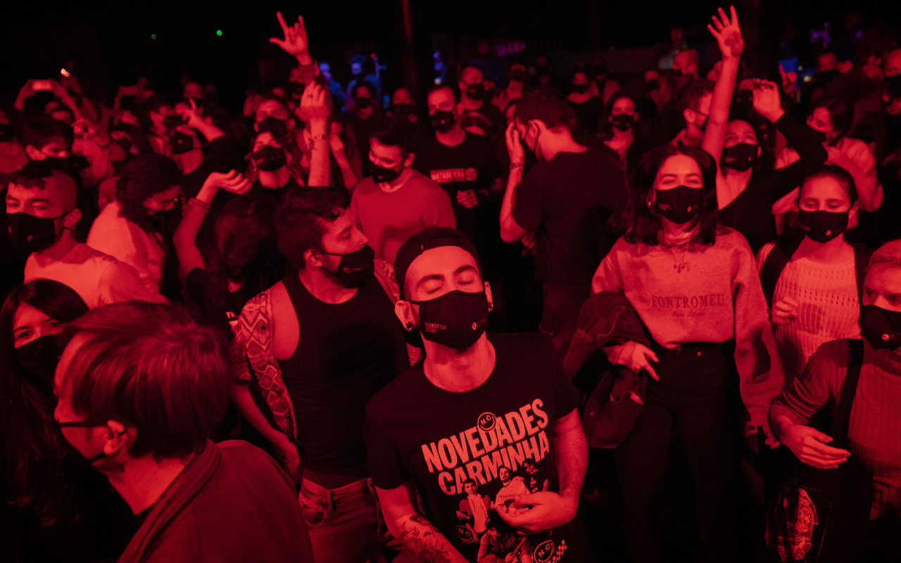 Konserler için hızlı test formülü: Yüzlerce kişilik konserde vakaya rastlanmadı