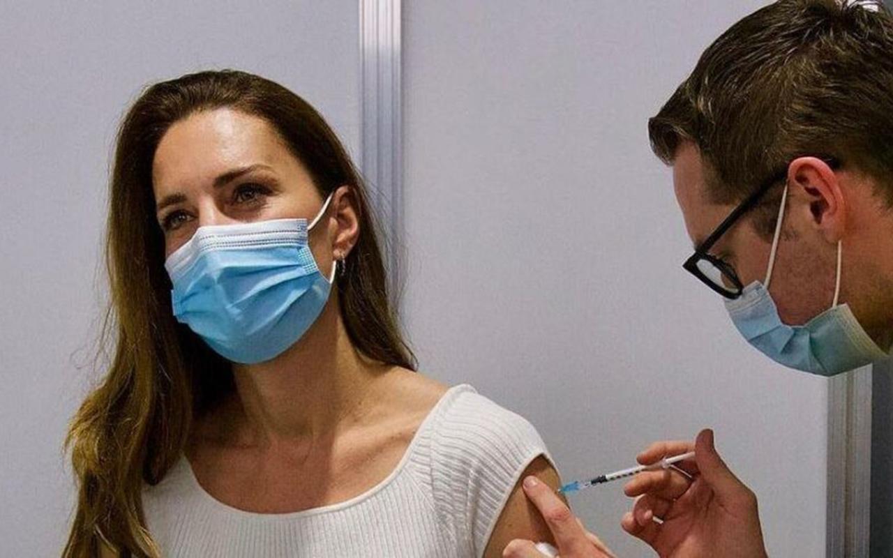 Düşes Kate Middleton korona virüsü aşısı oldu