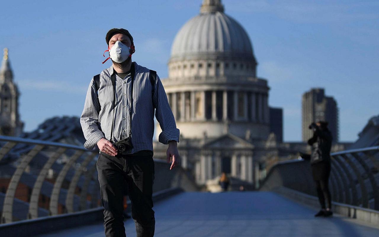 İngiltere'de son 24 saatte 3 bin 398 yeni vaka tespit edildi
