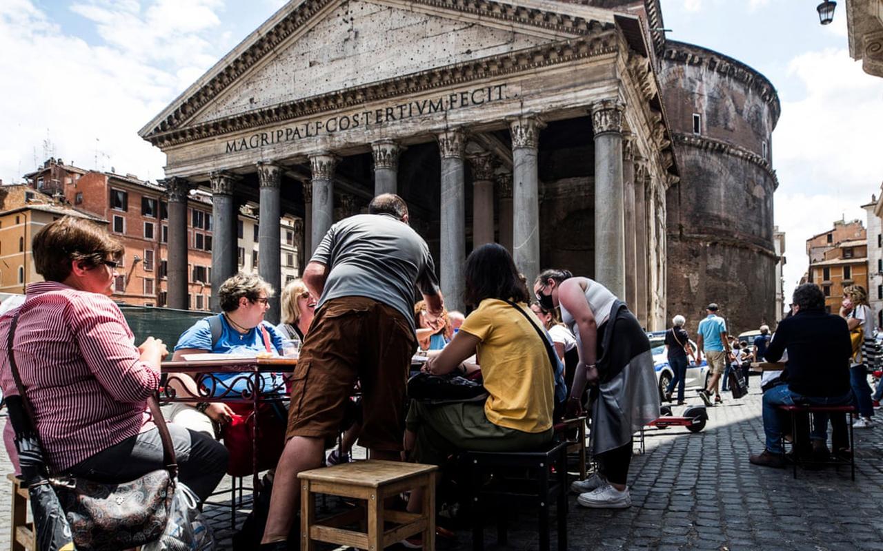 İtalya'da son 24 saatte bin 968 yeni vaka tespit edildi