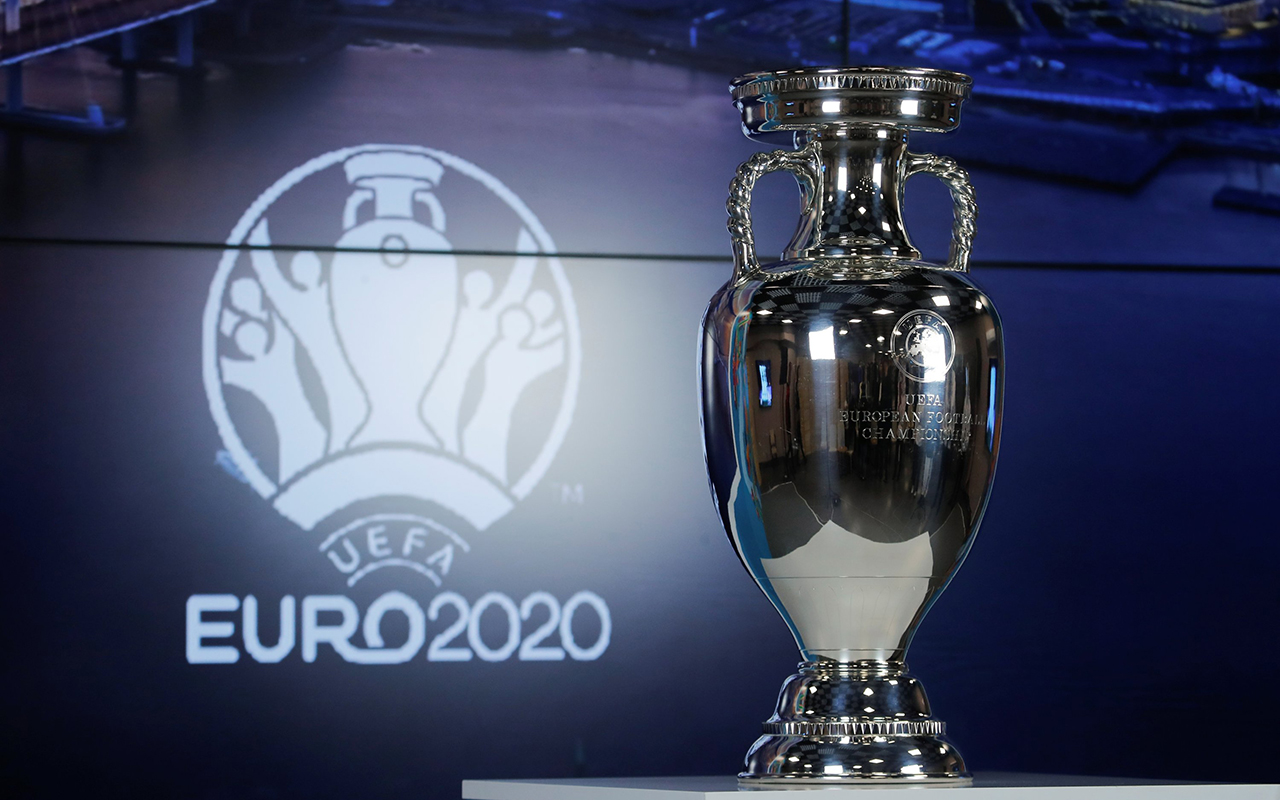 Covid-19 nedeniyle bir yıl ertelenen Avrupa Futbol Şampiyonası yarın başlıyor