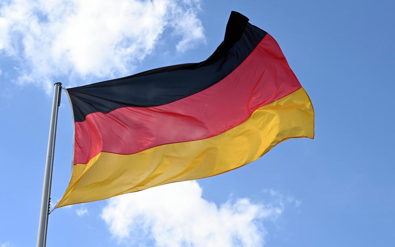 Almanya'dan dijital Covid-19 aşı kartı uygulaması: