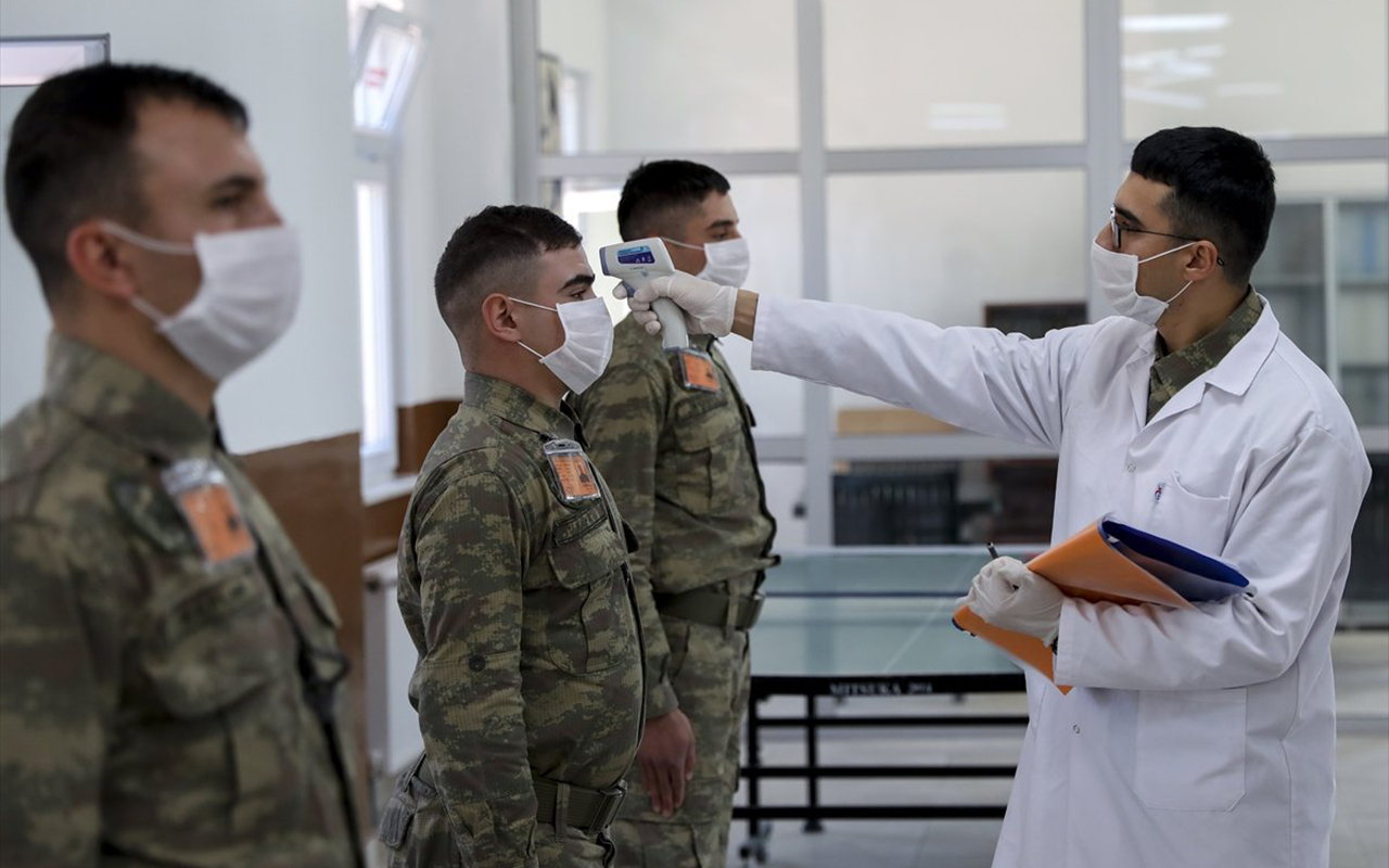 TSK'nın korona virüs salgını ile mücadeledeki büyük başarısının formülü: Katı ve sert tedbirler